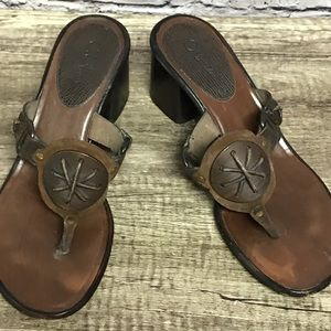 Cole Haan women's thong brown sandals heel Sz 7